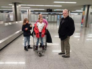 Väntar på bagage på Krakows flygplats