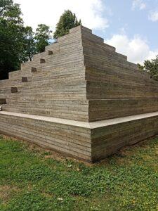 Poul Gernes träpyramid