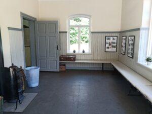 väntsal Brösarps station